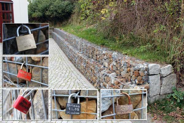 Neue Liebeschlösser am Heimatmuseum auf Hiddensee
